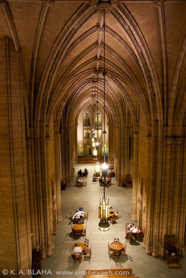 The main hall of the cathedral of learning.
