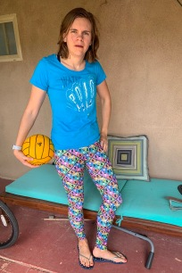THE PURSUIT shirt design and RAINBOW leggings